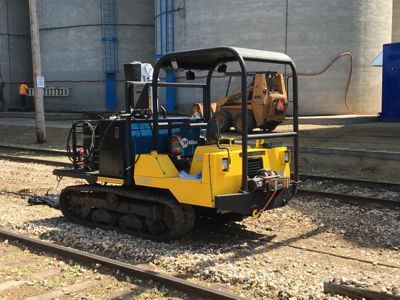 Mobile Railcar Progressioner Servicing Unit